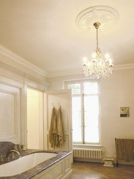 Cornici in legno forl cesena camini pareti soffitti for Cornice adesiva per pareti
